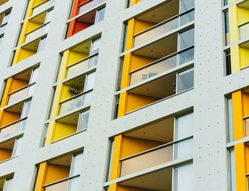 ¿Qué profesionales integran el colectivo de empleados de fincas urbanas?