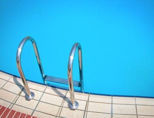 Soy propietario de una plaza de garaje. ¿Puedo usar la piscina comunitaria?