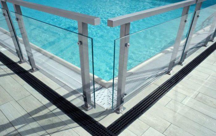 Vallas piscina