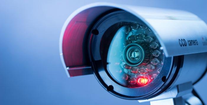 camaras de seguridad y control de accesos